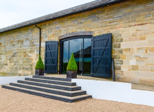 interiors_barn