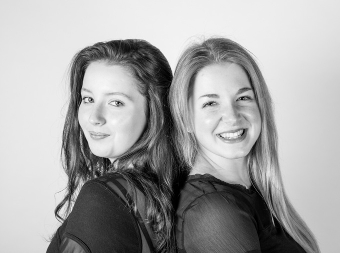 ciara and grace-studio-1-11
