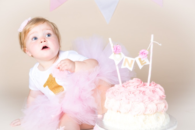 Tahlia Smash Cake-3